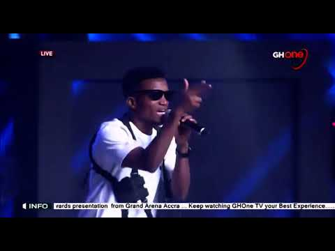 Kofi Kinaata Storms VGMA 2020 With An Amazing Performance