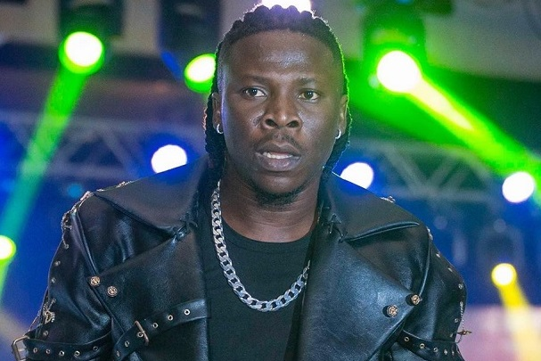 Stonebwoy Threatens To Sue Those Who Leaked His Song With Davido